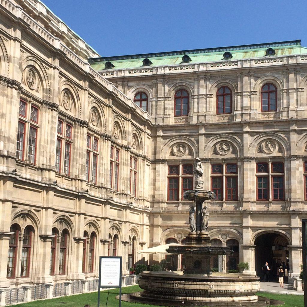 Monats(s)talk August Wien Oper