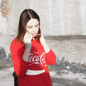 #1country-7looks: Blockabsatz Coca Cola Pullover