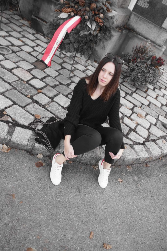 Oversize Pullover Sneaker Outfit