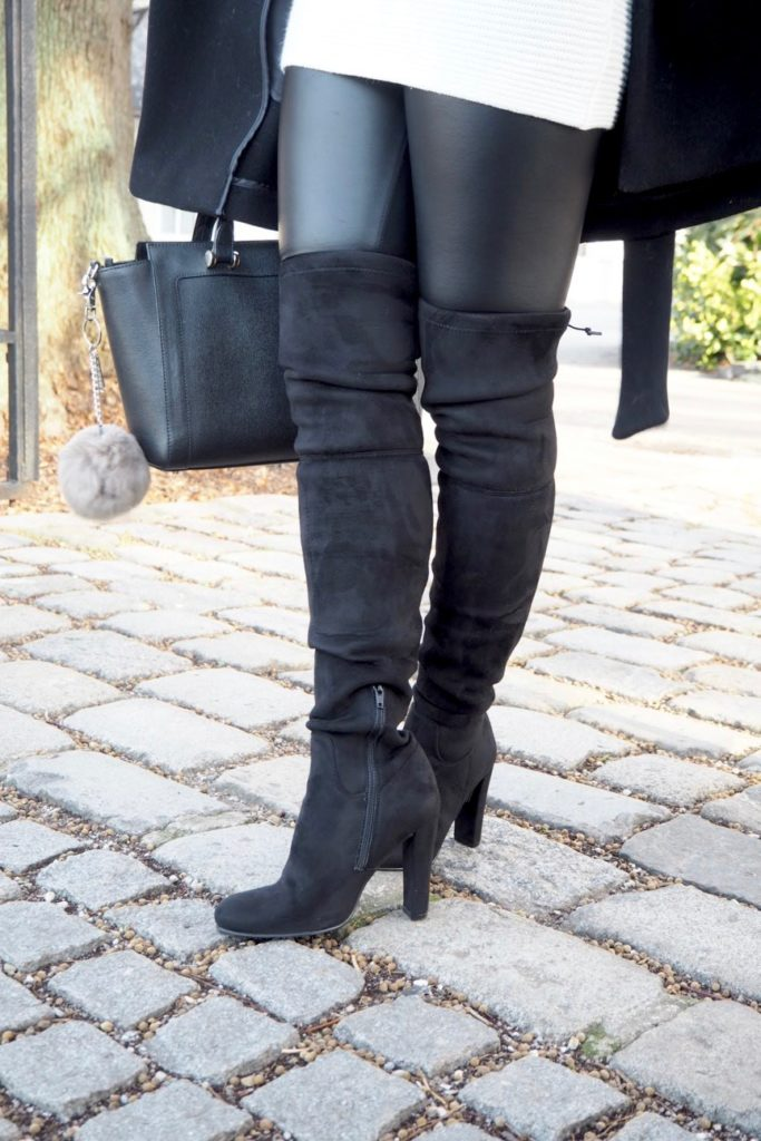 Buffalo Overknee Stiefel in schwarz Verlourslederoptik