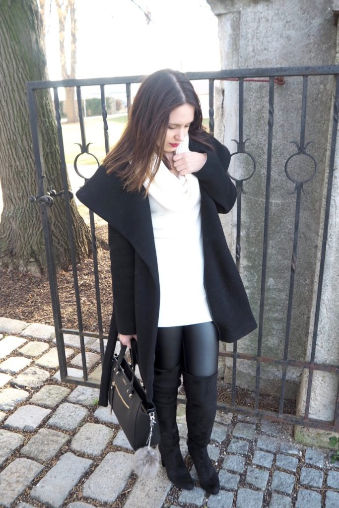 Outfit black Overknees Buffalo