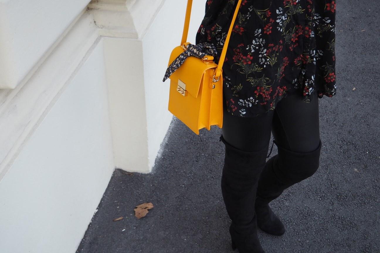 Citybag mit Ziertuch Zara