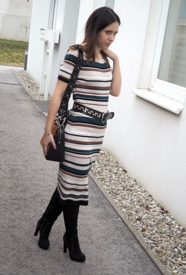 Bold Stripes Strickkleid von Comma