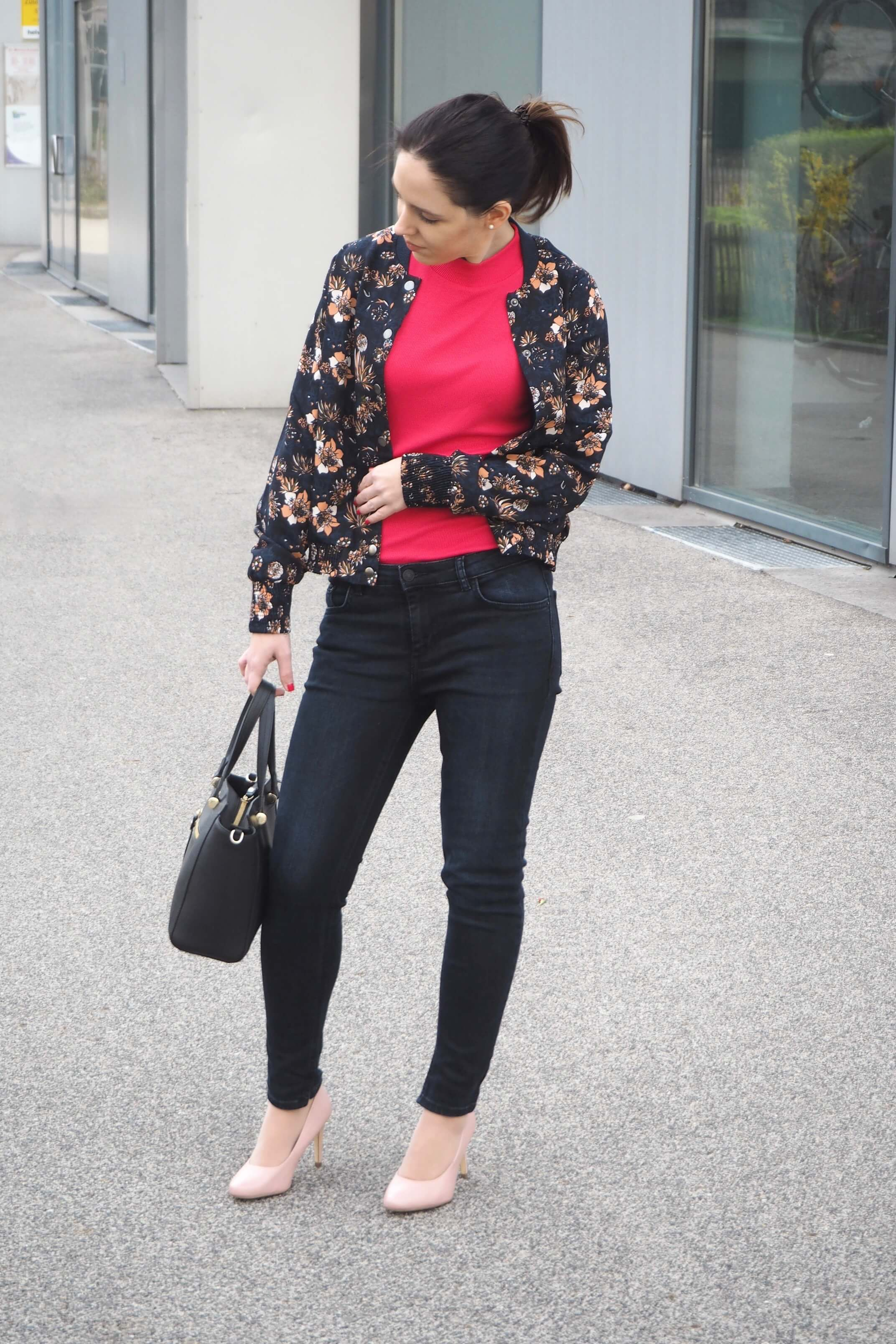 Outfit Blouson and Hot Pink Top