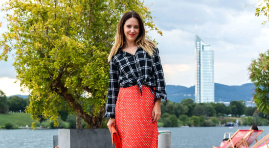 One Trend - Different Styles Wrap Skirt, Polkadots