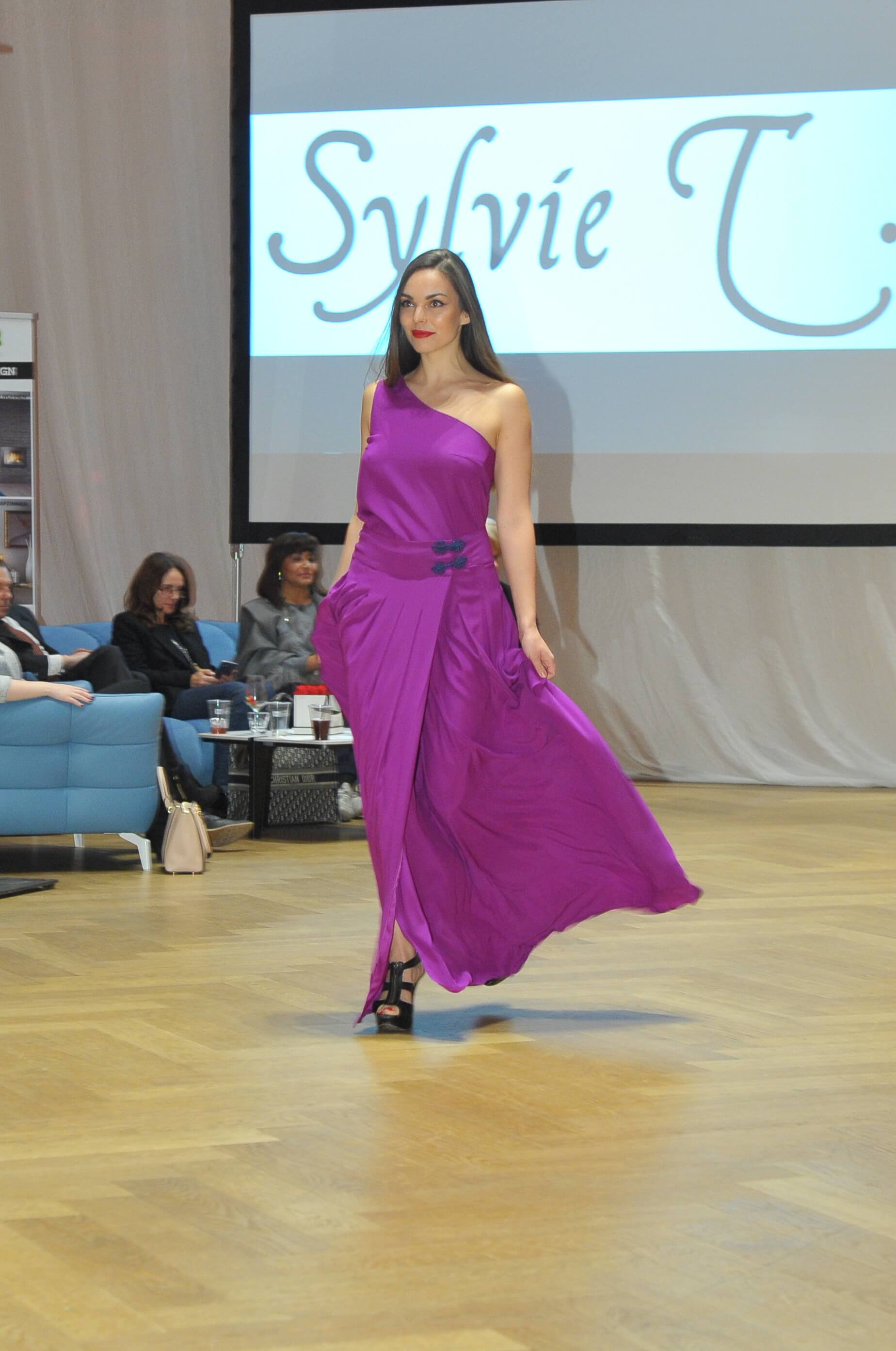 Sylvie T French Fashion Week Philipp Hutter