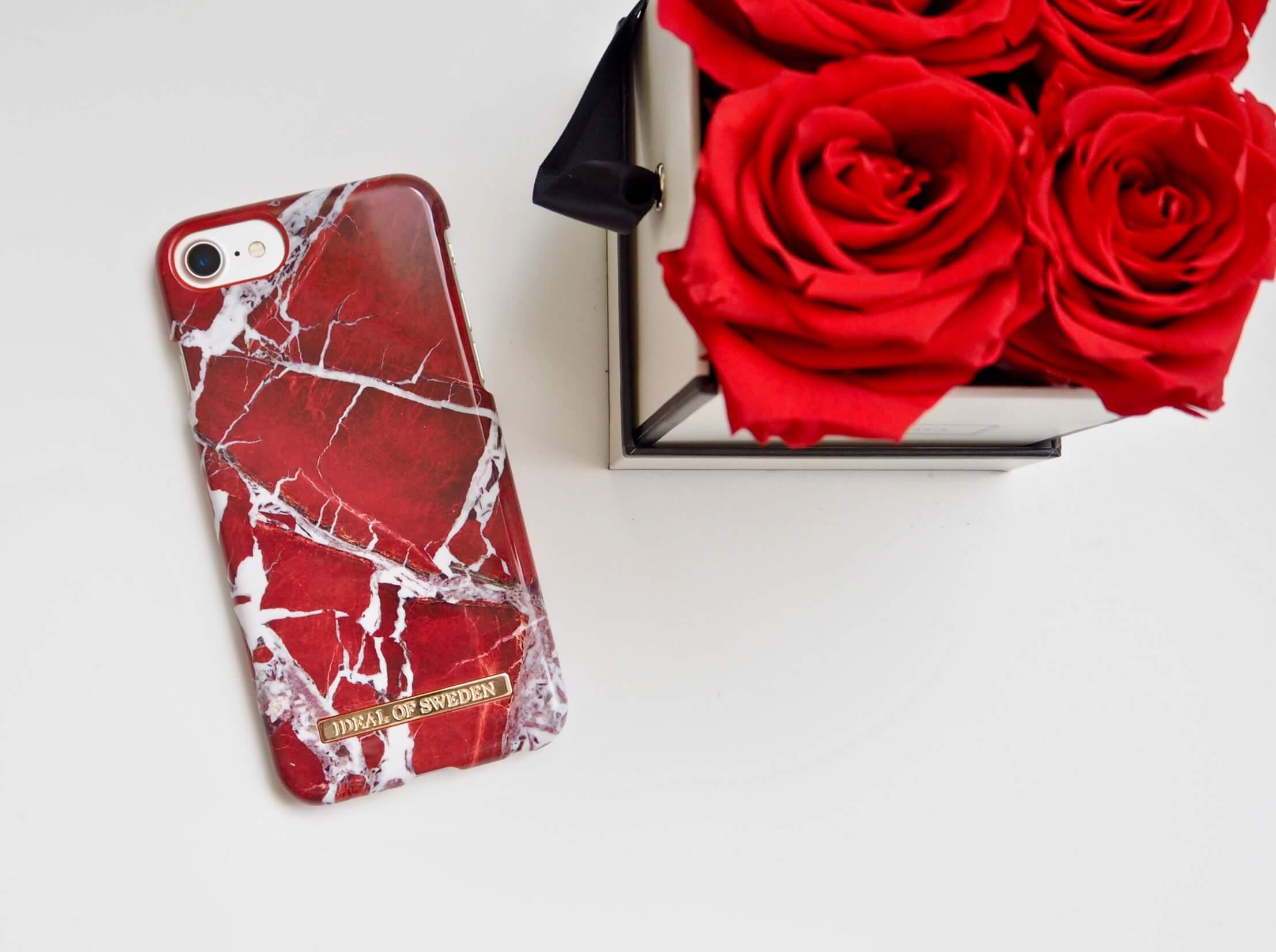 iDeal of Sweden Scarlet red Marble