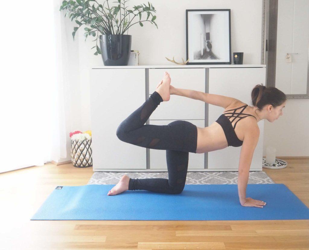Vierfüßerstand Vertiefung Yoga