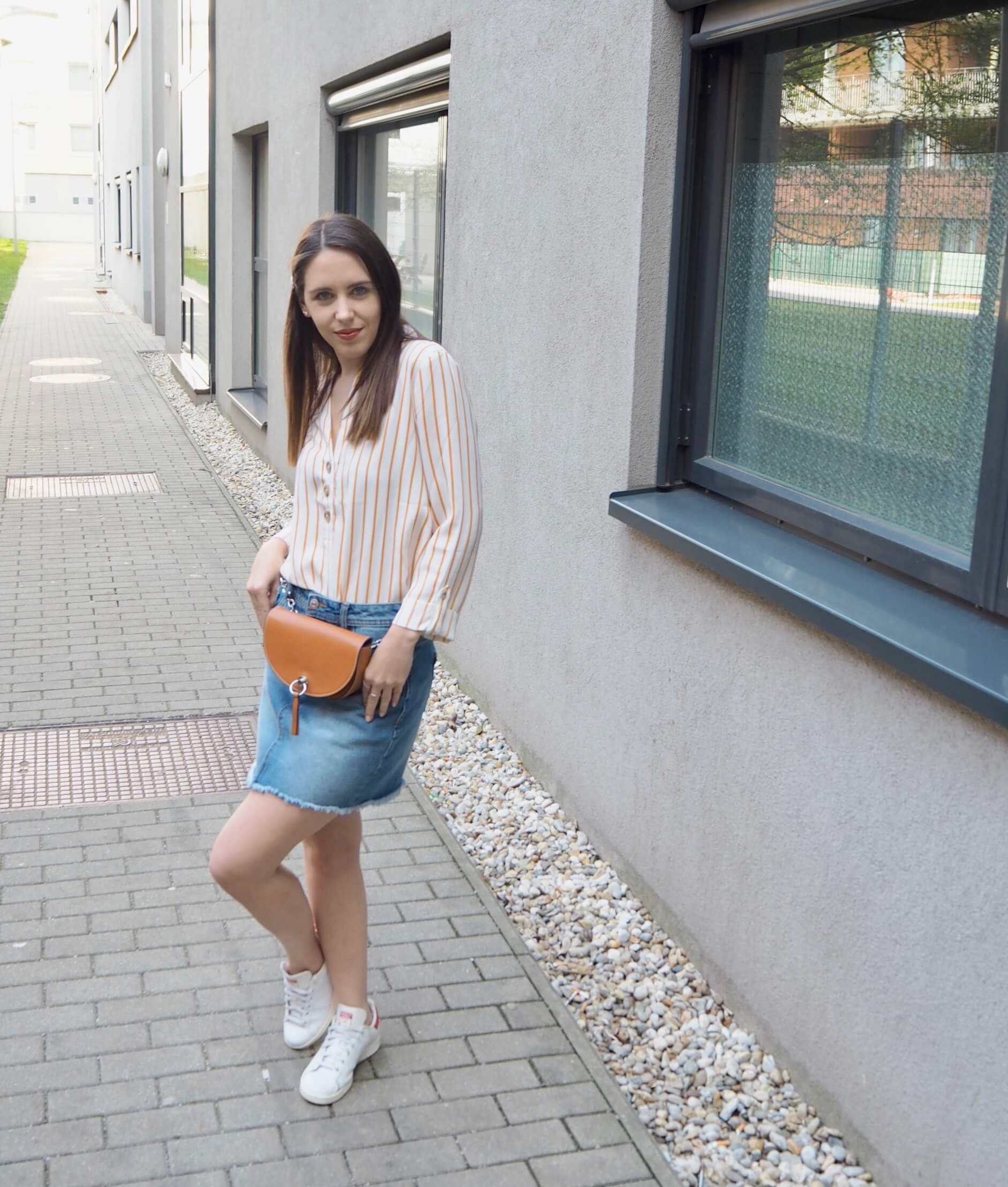 Outfit mit Jeansrock MaryJay